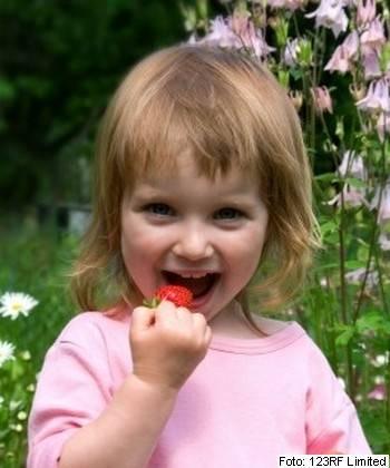 alergije-pri-otroku-123rf-4983870-s-c350