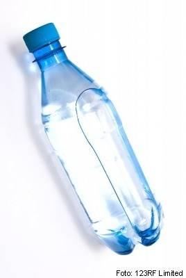 ustekleničena voda