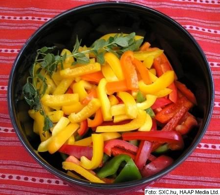 mehiska-kuhinja-sxc-315605_3496-peppers-x450-1